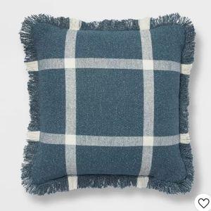 "18""x18"" Woven Plaid Square Throw Pillow w/ FRINGE"